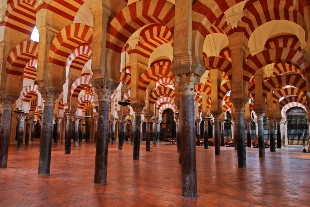spain-andalucia-cordoba-mesquita-arches-and-columns-1024x683